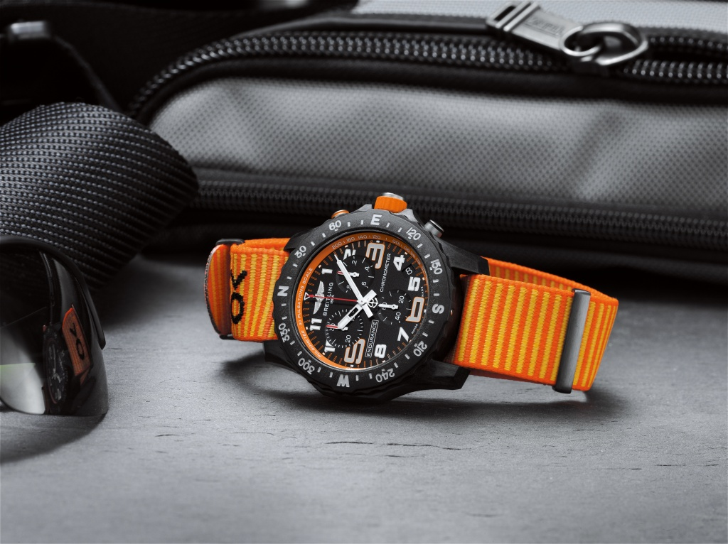 08_endurance-pro-with-an-orange-inner-bezel-and-outerknown-econyl-yarn-nato-strap-1.jpg