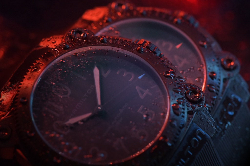 Hamilton Belowzero Titanium Limited Edition Red & Blue_H78505331 & H78505332_Lifestyle 2.jpg