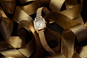 TISSOT LOVELY SQUARE, СИЛА СТИЛЯ